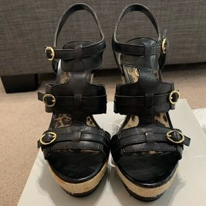 Black strappy wedges by Jessica Simpson size 8